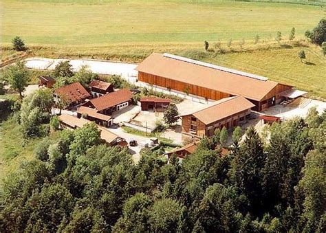 Häuser Kaufen Südtirol by Exklusive Reitanlage S 252 Ddeutschland Bayern Bayerischer