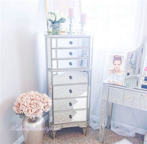 mirrored bedroom dresser best 25 mirrored vanity ideas on mirrored