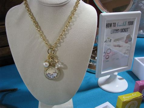 origami owl jewelry bar display 61 best images about origami owl on origami