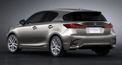 Lexus Ct 200 H lexus gives 2018 ct 200h a facelift and drops it
