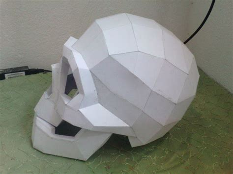 paper craft free size skull helmet free papercraft template