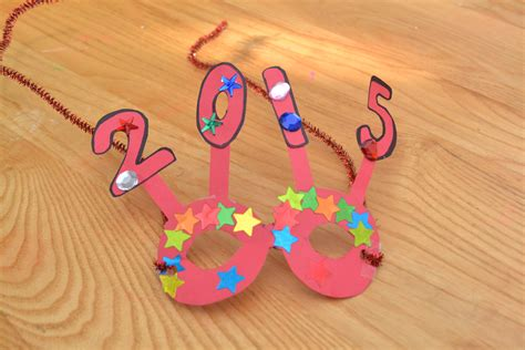 new year crafts for 5 easy new years crafts for