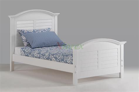 white beds for 22 guest bedrooms with captivating bed designs