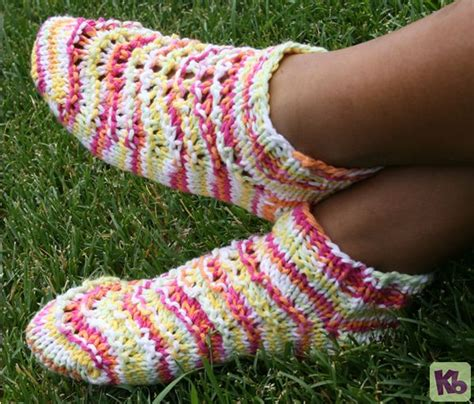 36 peg loom knitting patterns summer footies a pair of footies to wear during the