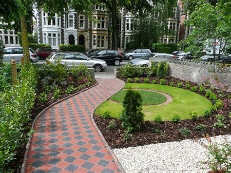 small front garden ideas uk best 25 small front gardens ideas on front
