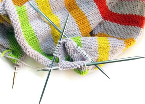 knitting sleeves on circular needles how to use 9 circular needles for any pattern