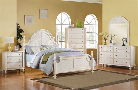 how to decorate a bedroom with white furniture bedroom bedroom decorating ideas with white furniture