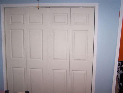 closet bifold doors bifold closet door sizes what are the best bifold door