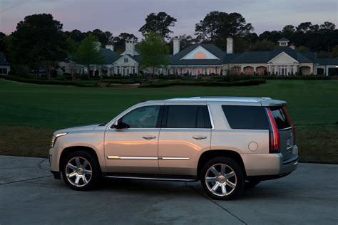 How Much Is A Cadillac Suv how much does a cadillac escalade cost carrrs auto portal