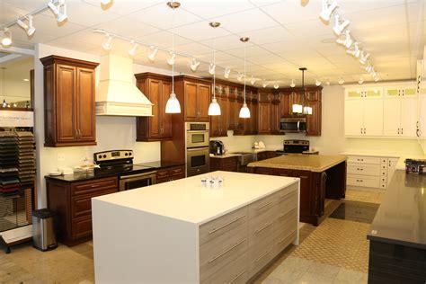 kitchen cabinets illinois kitchen cabinets elk grove il kitchen bath