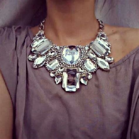 necklace with big 25 best ideas about chunky necklaces on pearl