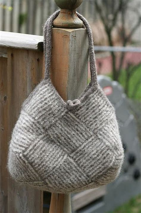 bag knitting pattern ravelry project gallery for garter stripe square bag