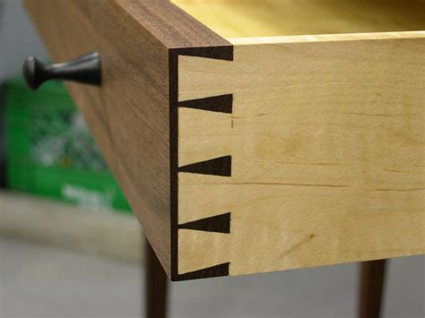 dovetail woodworking furniture joinery 101 dovetails miters more woodwise