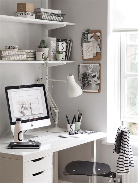 small bedroom desk best 10 small desk bedroom ideas on small