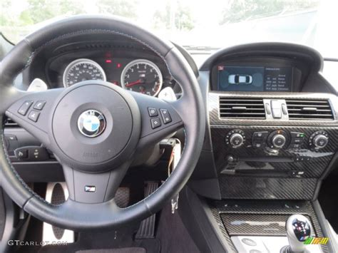 online auto repair manual 2006 bmw m6 instrument cluster service manual how to remove lower dash 2007 bmw m6 service manual bottom panel removal 2007