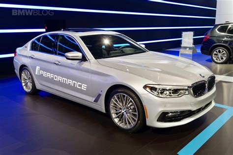 Bmw Nyc by Bmw Brings Its In Hybrids To 2017 Nyc Auto Show