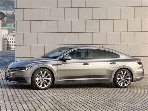 Volkswagen Arteon : un luxe modeste   Challenges.fr