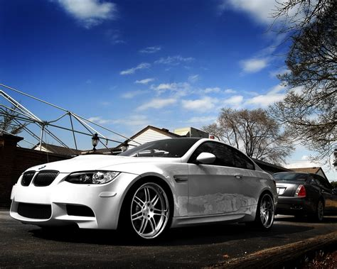 Lincoln Bmw by Bmw M3 And Lincoln Desktop Wallpapers 1280x1024