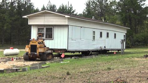 trailer houses moving the trailer house