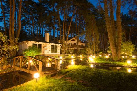 landscape lighting low voltage low voltage landscape lighting blaum landscaping
