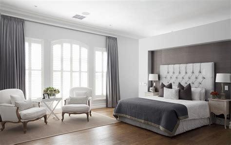 como decorar um quarto de casal grande quarto de casal conforto duplo westwing