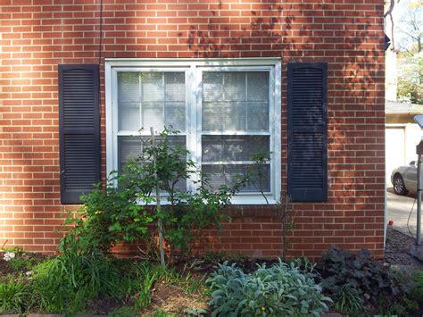 spray paint vinyl shutters and paint plastic shutters reanimators