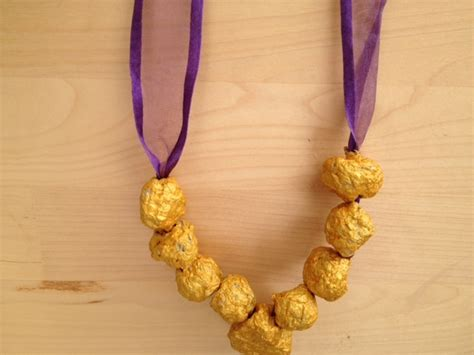 paper pulp craft paper mache jewellery necklace craft