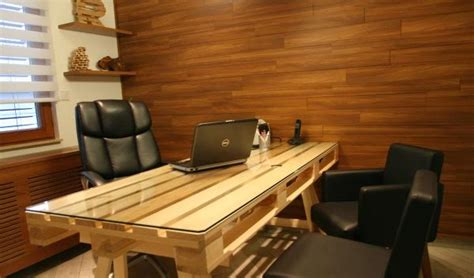 how to make an office desk diy pallet office desk goodiy
