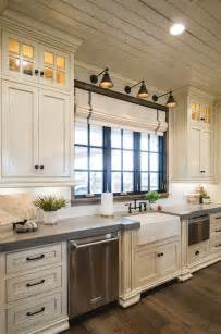 country kitchen cabinets ideas 25 best ideas about farmhouse kitchen cabinets on