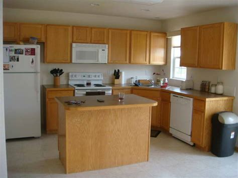 paint colors for a kitchen with oak cabinets kitchen paint colors with oak cabinets your home
