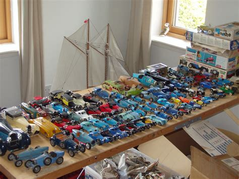 model miniatures i am selling up my collection of around 130 models and un