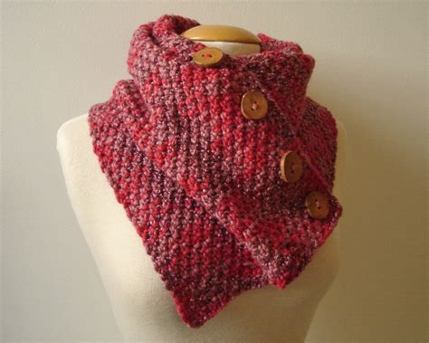 buttoned cowl knitting pattern handmadehandsome handmade items and knitting patterns