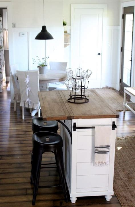 small kitchen island with stools best 25 kitchen island makeover ideas on