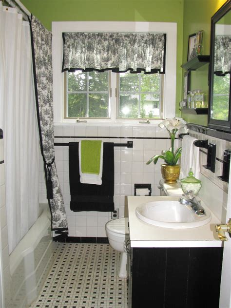 Black And White Bathroom Decor Pictures by Black And White Bathroom Decor Ideas Hgtv Pictures Hgtv