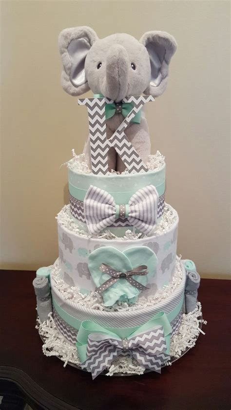 how to make cake centerpieces 25 best ideas about green baby showers on