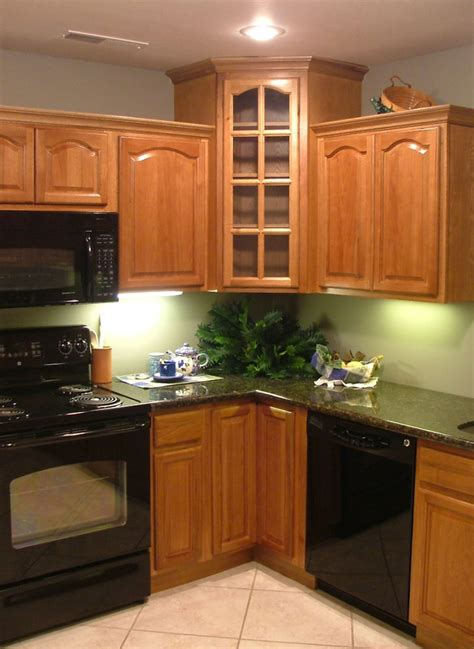 hickory kitchen cabinets kitchen and bath cabinets vanities home decor design ideas
