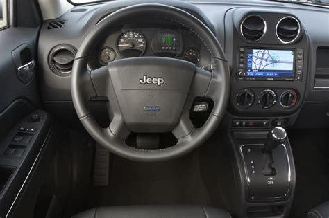electric and cars manual 2011 jeep patriot interior lighting chrysler unveils electric jeep patriot autoevolution