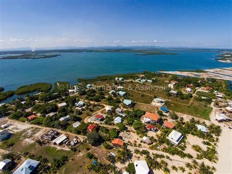 bird island placencia 100 bird island placencia ni036 2 65 acre island
