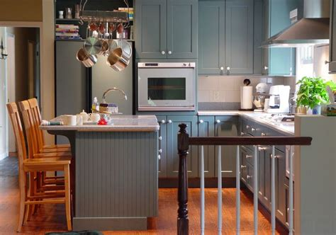 small kitchen color ideas pictures 20 stylish ways to work with gray kitchen cabinets