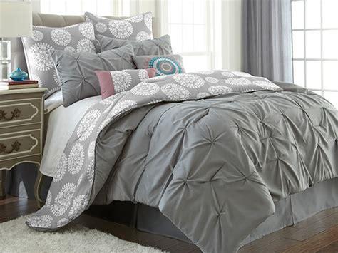 jade comforter set advertisement