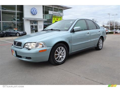 2003 S40 Volvo by 2003 Volvo S40 Image 3