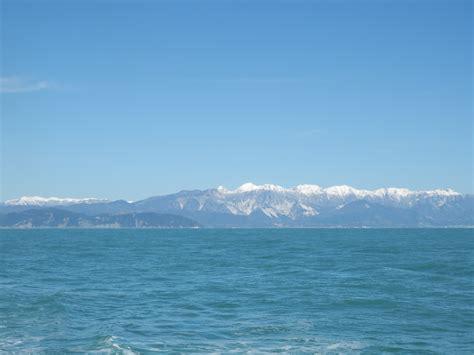 sea of file alpi apuane from ligurian sea march 2013 jpg