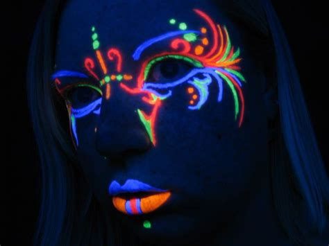 glow in the paint designs best 25 neon paint ideas on glow