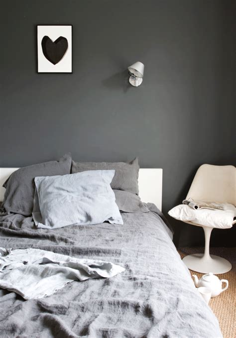 grey wall bedroom decordots grey wall in bedroom
