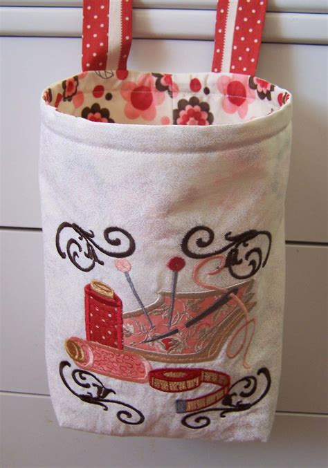 embroidery crafts projects treasures n textures thread catcher