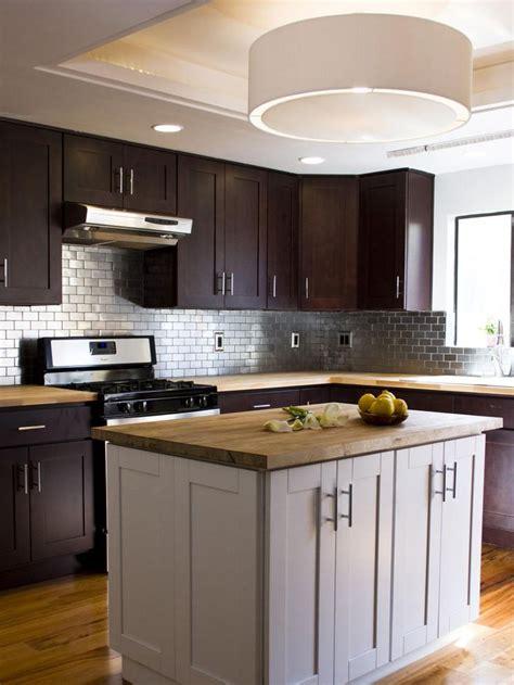 stainless steel kitchen backsplashes 25 best ideas about stainless steel backsplash tiles on