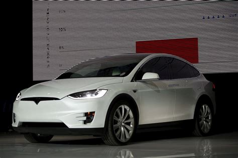 2017 Tesla Model X by 2017 Tesla Model X Release Date Pictures Redesign And Specs