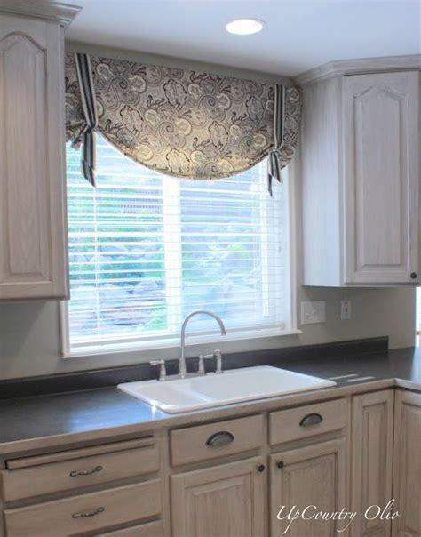 window treatment ideas for kitchens 25 best ideas about kitchen window treatments on kitchen window curtains kitchen
