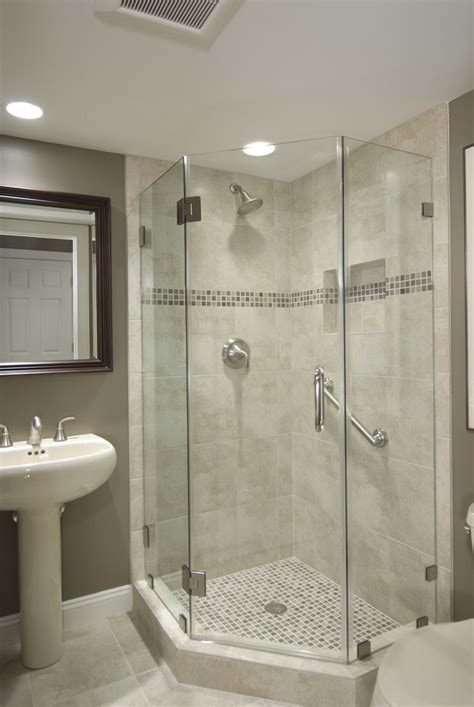 tubs and showers for small bathrooms best 20 corner showers bathroom ideas on