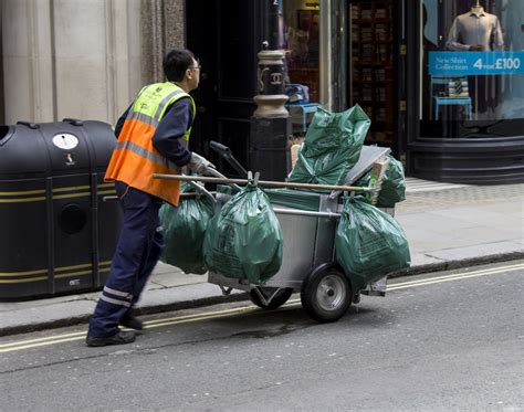 st cleaner workers exposed to unsafe no2 in 18 uk areas gmb union